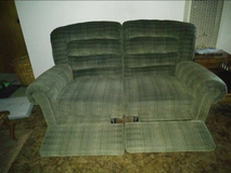 FREE: Double Reclining COUCH in Fairfield, California