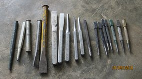 Lot of 18 Chisels & Punches 5 are CRAFTSMAN in Byron, Georgia