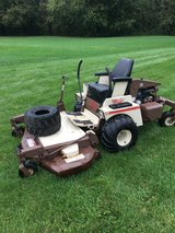 """COMMERCIAL GRASSHOPPER 721 WITH * KUBOTA WATER COOLED MOTOR * 61"""" DECK 1235 HOURS NEW TIRES AND ... in Naperville, Illinois"""