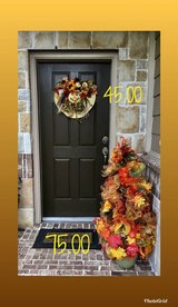 fall door wreaths in Baytown, Texas