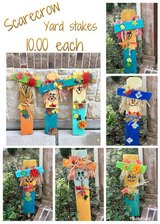 scarecrow yard stakes in Baytown, Texas