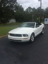 2007 FORD MUSTANG CONVERTIBLE in Fort Rucker, Alabama