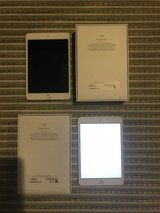 iPad Mini 4 32 GB Wi-Fi + Cellular Silver (2 available) in Okinawa, Japan