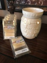 Scented Wax Warmer - Electric in Box in Pasadena, Texas