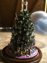 Christmas Tree/Table Top -NEW! + (2) platinum rectangular cookie/candy tins in Cleveland, Ohio