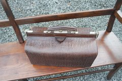 antique doctor's bag in great shape in Stuttgart, GE