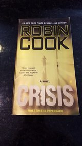 Robin Cook Crisis in Chicago, Illinois