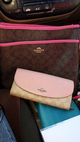 coach wallet and purse in Warner Robins, Georgia
