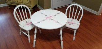 Vintage Kids Table and Windsor Chairs in Perry, Georgia
