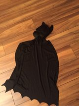 one piece mask and cape Batman little kids Sz in Joliet, Illinois