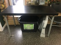 IKEA Table Top and Legs in Glendale Heights, Illinois