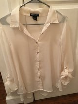 About A Girl Button Down [L] in Beaufort, South Carolina