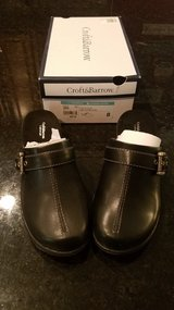 Croft & Barrow Womens Lightweight Clogs NEW in Yorkville, Illinois