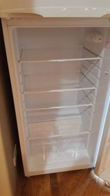 Magic Chef  10 CF refrigerator /freezer in Glendale Heights, Illinois