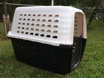 petmate pet carrier in Cherry Point, North Carolina