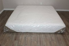 King size/ Icomfort Savant model mattress Memory Foam FREE DELIVERY in Spring, Texas