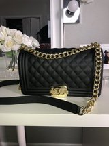 CHANEL INSPIRED HANDBAG in Fort Leonard Wood, Missouri