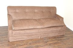Tufted Brown sofa, VERY comfortable   FREE DELIVERY in Houston, Texas
