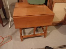 Vintage Hardwood Solid Maple Wood End Table 2 Drop Leaf Sides in Chicago, Illinois