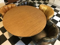 Table & chairs in Beaufort, South Carolina