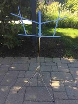 Music stand - Hamilton N3400 with case (folding) in Glendale Heights, Illinois