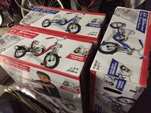 Kids schwinn deluxe tricycle new in box in Travis AFB, California