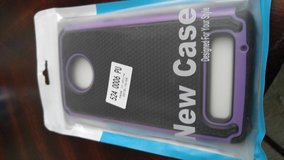 Case and screen protector for Moto z3 in Fort Lewis, Washington