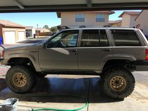1994 grand cherokee lifted in Fort Irwin, California