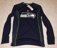 SEATTLE SEAHAWKS - NFL Team Apparel TX3 Cool Long Sleeve Shirt (Men's Medium) *** NEW *** in Fort Lewis, Washington