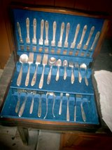 Print VINTAGE SILVERWARE BOX With Set For 12 in Naperville, Illinois