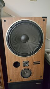 Pioneer 3way 15inch woofer in Clarksville, Tennessee