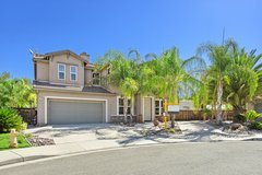 FAMILY HOME on Cul-De-Sac with R.V. Parking & Hook-ups in Lake Elsinore, California