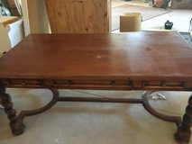 Large Executive Desk in antique woods, solid and in ex condition in Chicago, Illinois
