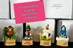 Lenox Looney Tunes Thimble Collection in Vacaville, California