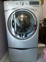 Whirlpool Duet Steam Dryer For Sale in Fort Rucker, Alabama