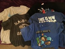 T-shirts size small in Fort Irwin, California