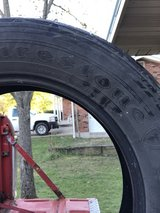 Size 18 tires in Fort Leonard Wood, Missouri