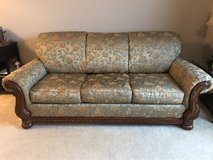 well made couch in Oswego, Illinois
