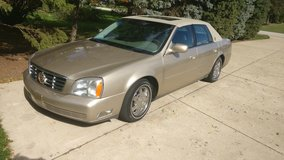 2005 cadillac sedan deville gold edition in Orland Park, Illinois