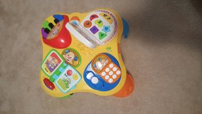 Fisher price activity table in Fairfax, Virginia