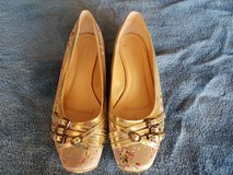 Ladies Gold and floral flats in Fort Carson, Colorado
