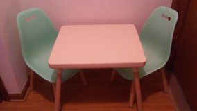 Children's Ivory & Mint Table & Chairs in Palatine, Illinois