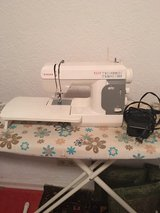 Singer sewing maschine in Ramstein, Germany