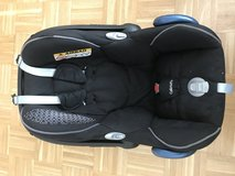 Maxi Cosi Car seat and FamilyFix station combo in Grafenwoehr, GE