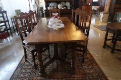 rustic oak dining room set with 6 chairs in Ansbach, Germany