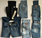 Womans jeans all fit like 11/12 in Plainfield, Illinois