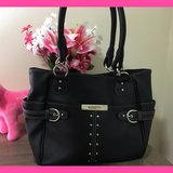 Like new Roseti Purse! Super cute accents! Stay organized with this one! in Fort Lewis, Washington
