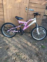 Girls Mountain Bike Age 7-11yrs in Lakenheath, UK