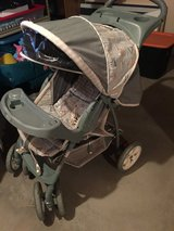 Graco baby stroller in Chicago, Illinois