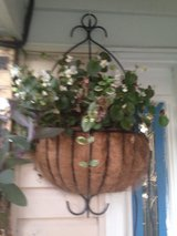 Beautiful Outdoor Hanging Planter, Now Reduced!!! in Orland Park, Illinois